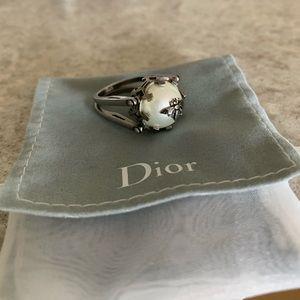 Dior convertible pearl/crystal ring